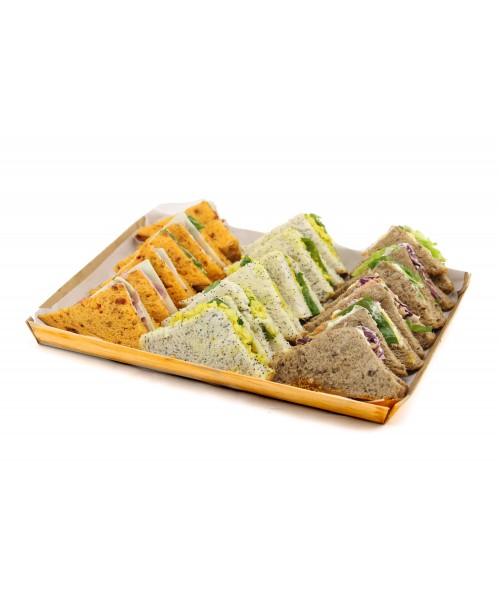 ASSORTED SANDWICHES (18 u.)