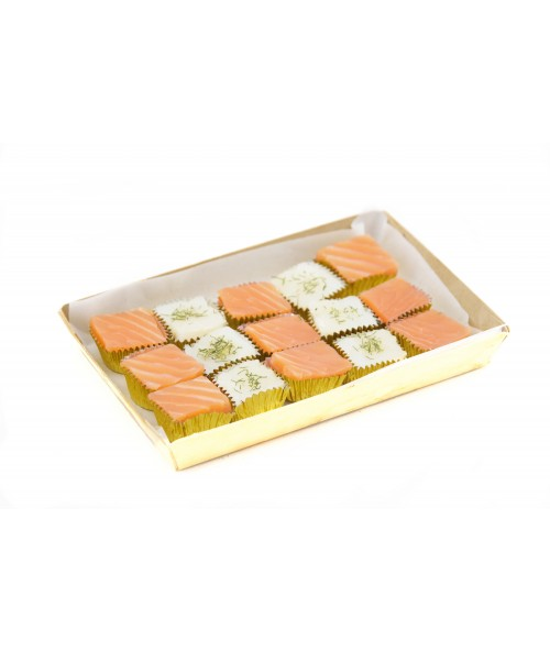 SMOKED SALMON AND COD FISH CUBES (15 u.)
